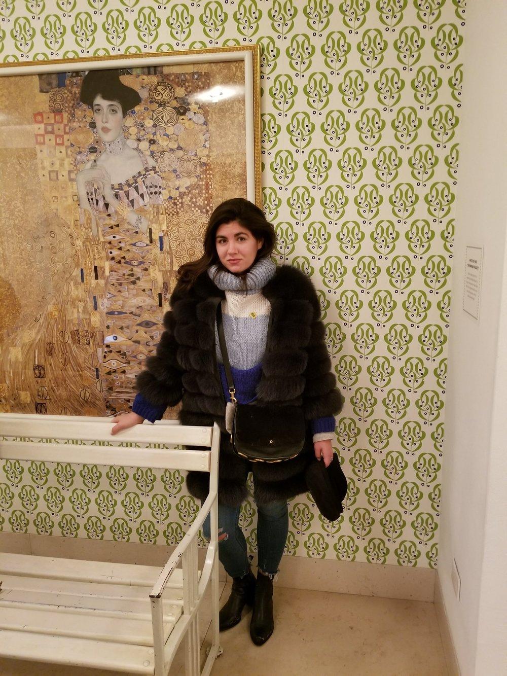 lady in gold gustav klimt solid white travel blog