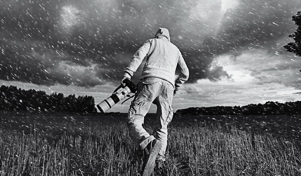 Shooting-in-the-Rain.jpg