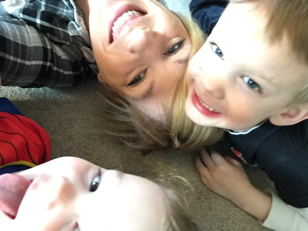 Selfie Heaven: Wendy and her adorable boys Kai and Parker.
