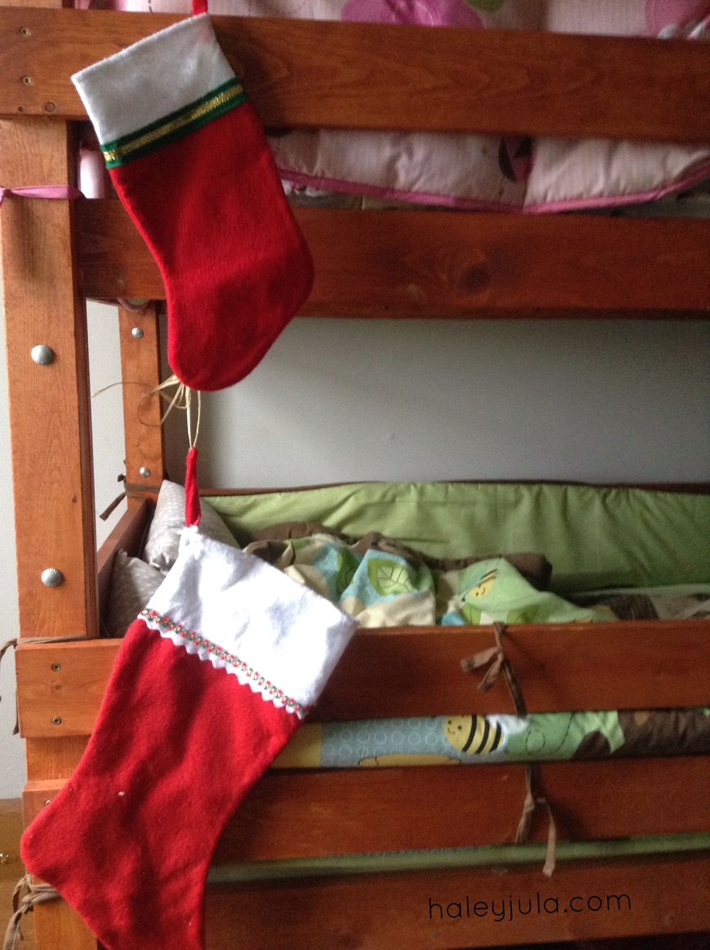 Bunk bed stockings