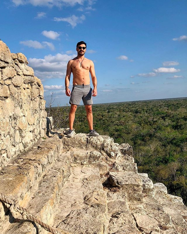 The higher you climb the better the lighting #bootyworkout #cobá  #isharoundtheworld