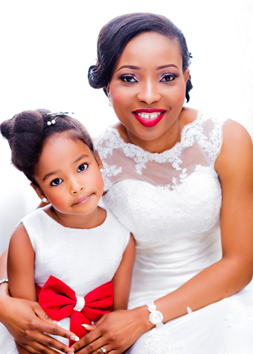 Gorgeous Bride & Little Bride By Top Nigerian Wedding Photographer - SpicyInc Studio