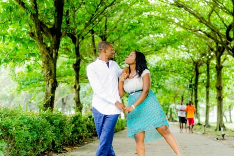 Pre-wedding Shoot in Victoria Garden City, Lagos By SpicyInc Studio - Pre-wedding photographer in nigeria