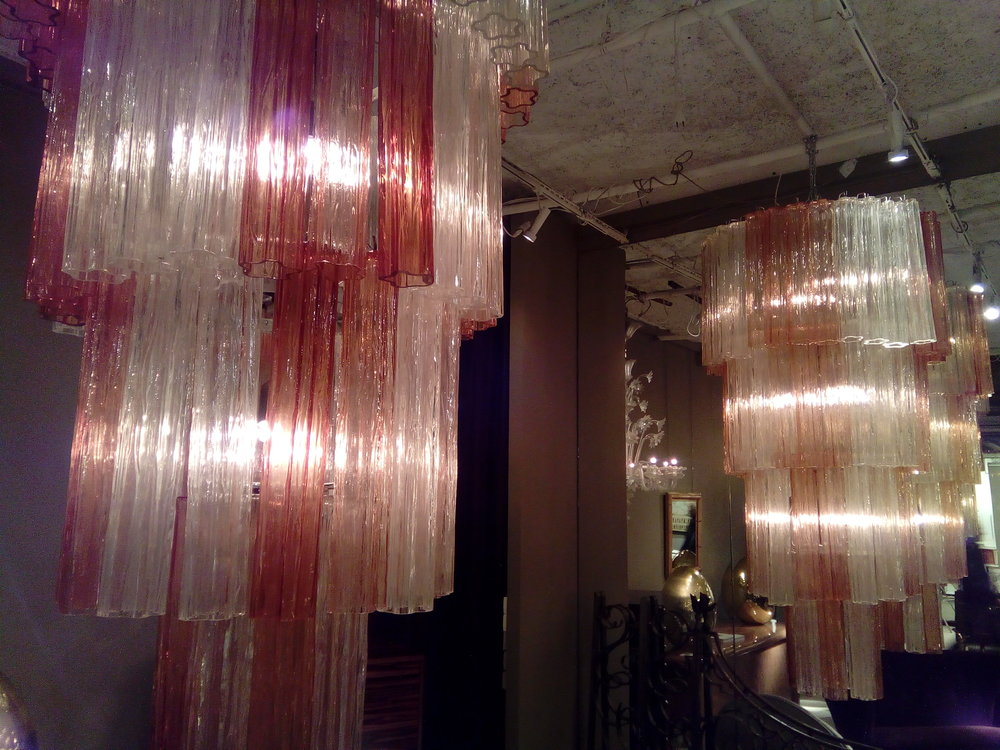 chandelier candy stripe.jpg