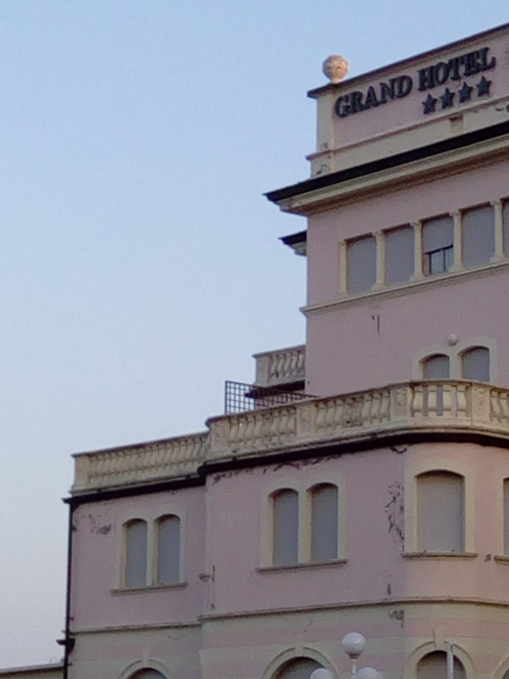 grand hotel 2.jpg