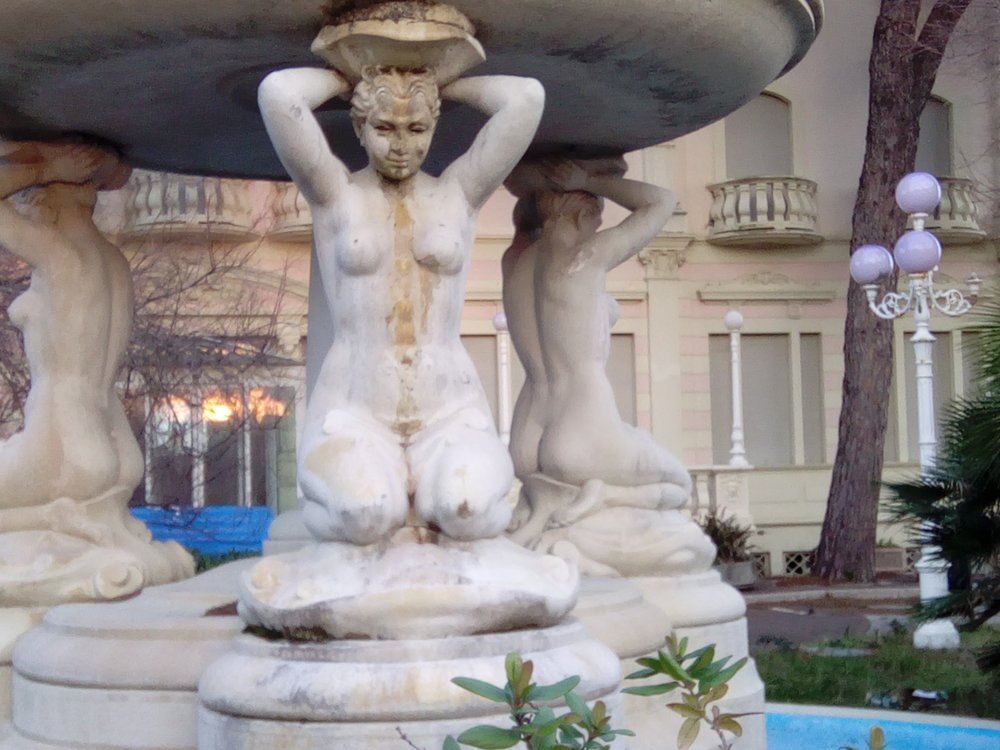 fountain nudes.jpg