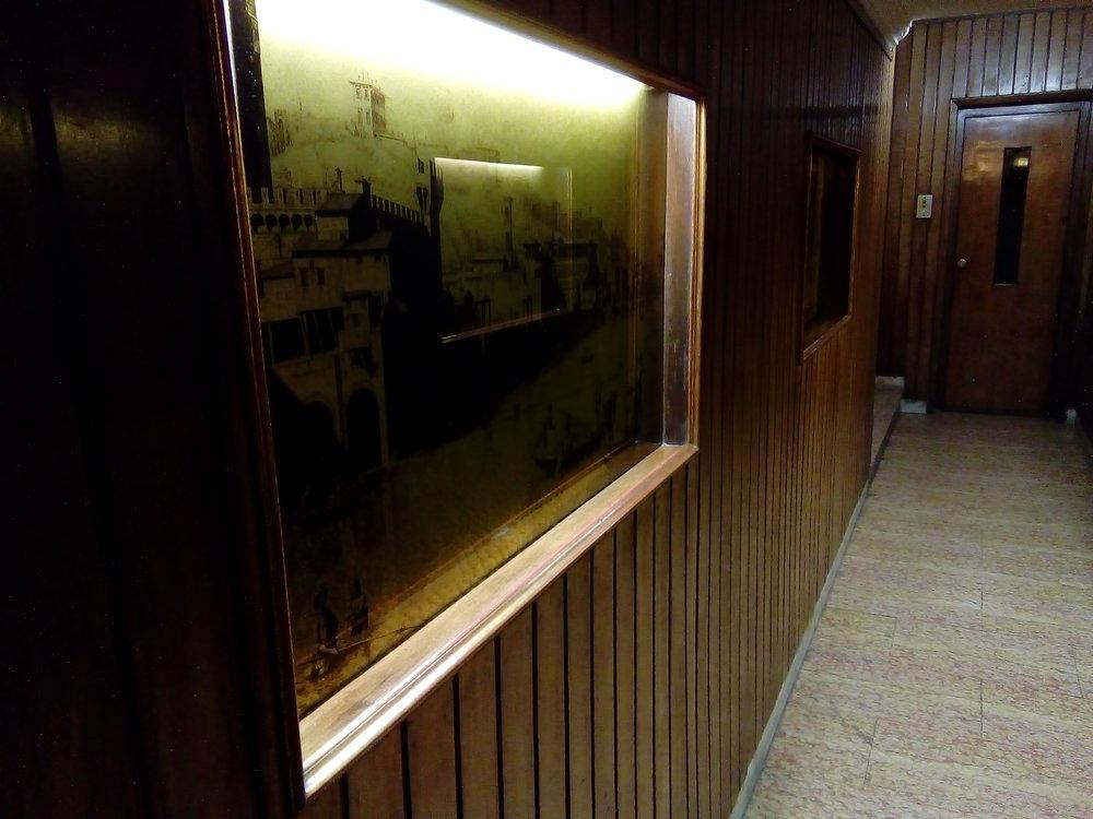 lobby left.jpg