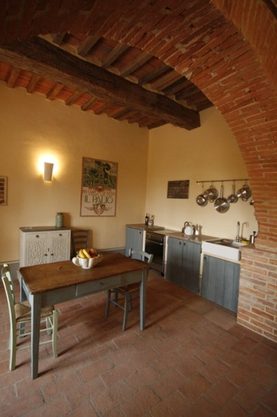 Charming kitchen Siliano Alto EAT.PRAY.MOVE Yoga Retreats | Tuscany, Italy