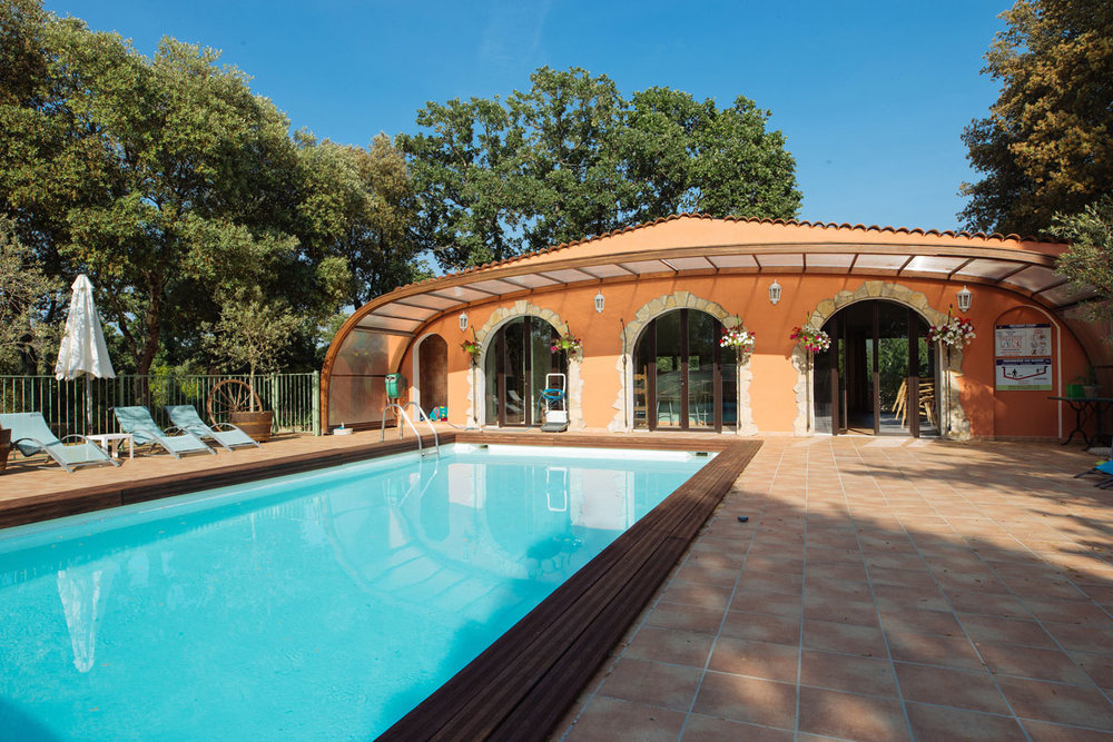The pool house Bastide Avellanne | EAT.PRAY.MOVE Yoga Retreats | Provence, France