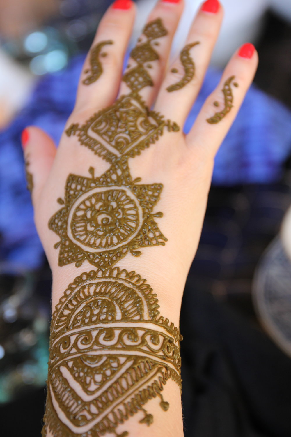 Fresh henna ink Marrakech  | EAT.PRAY.MOVE Yoga Retreat | Marrakesh, Morocco