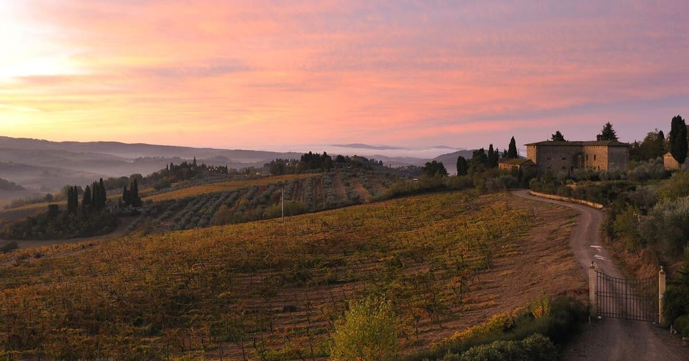 Hotels-Tuscany-Countryside-CastellodelNero-Sunrise-3.982fee01b15b53b95a9cfc29ba8583e7_preview.jpeg