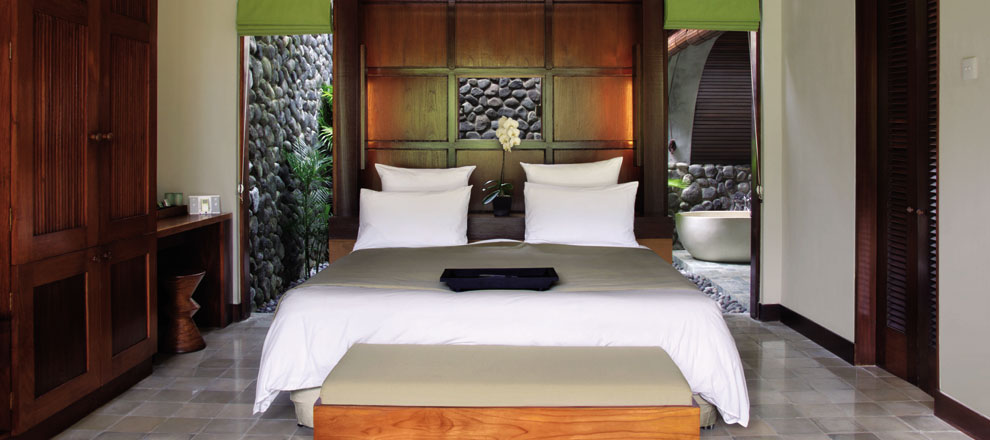 Luxury hotel room Alila Ubud EAT.PRAY.MOVE Yoga Retreats | Bali, Indonesia