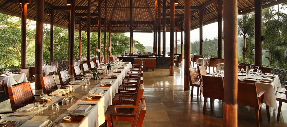 Breezy dining spaces Alila Ubud EAT.PRAY.MOVE Yoga Retreats | Bali, Indonesia