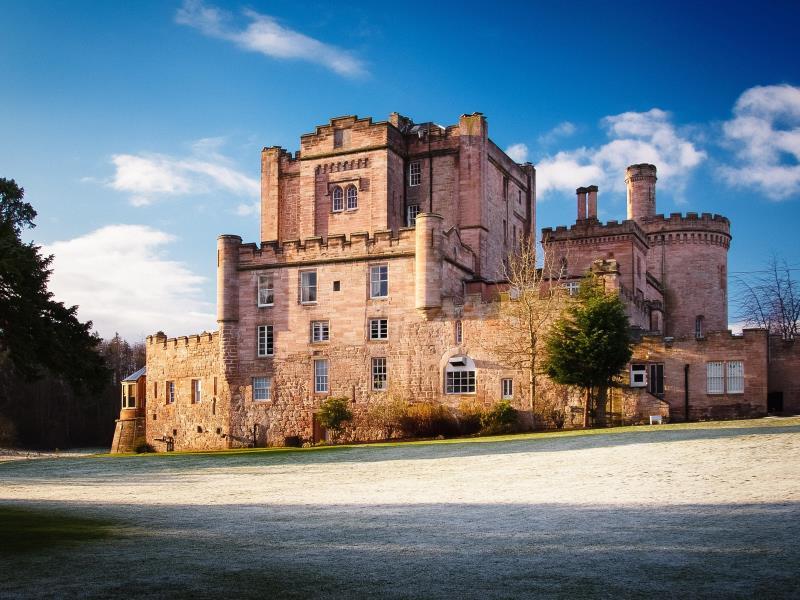 Front view Dalhousie Castle | EAT.PRAY.MOVE Yoga | Edinburgh, Scotland