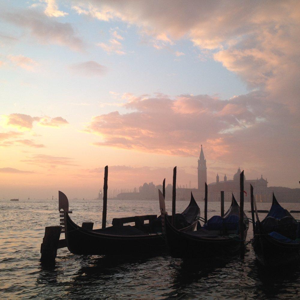 Sunrise over the gondolas EAT.PRAY.MOVE Yoga   Venice, Italy