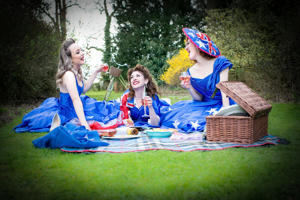 The Girls from Oz: photo credit Elizabeth Keates Photography