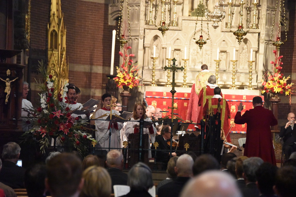 """Mozart's """"Coronation Mass"""" soprano soloist <br> with the Choir of the Church of the Advent <br> photo credit: Julianne Turé - 2016"""