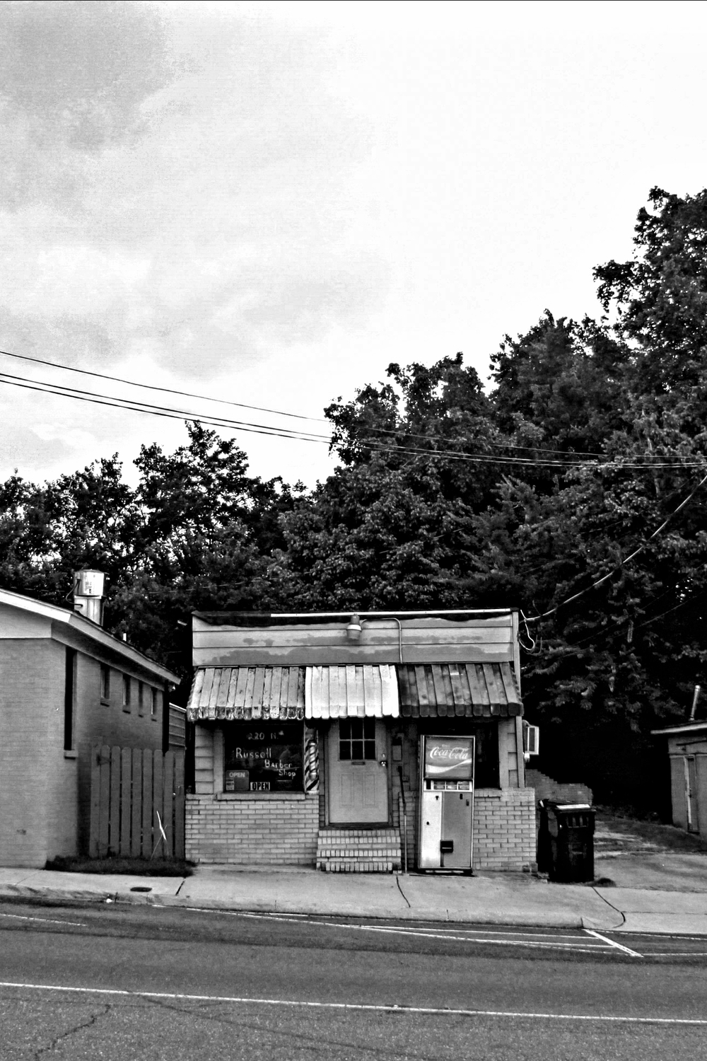 An abandoned barber shop in Holly Springs, MS.