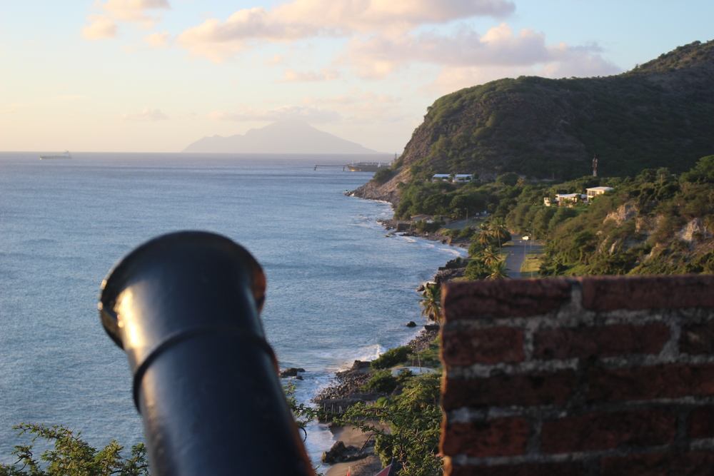 // Statia →<p>The original trading capital of the Caribbean is now a secret paradise rarely visited. With its historical fortresses, a volcano and dutch village - this island will surprise you.</p>