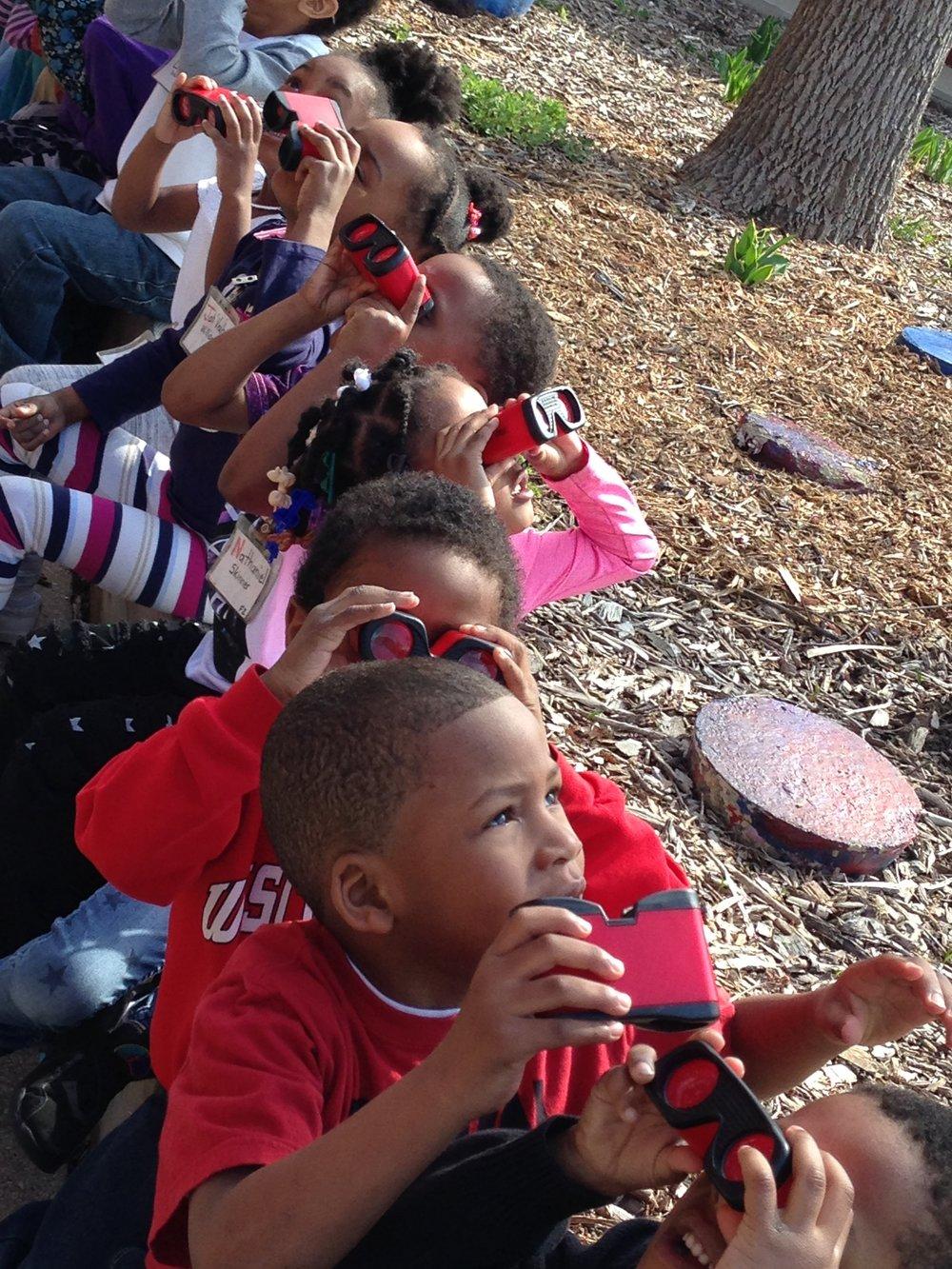 binoculars to spy birds.JPG