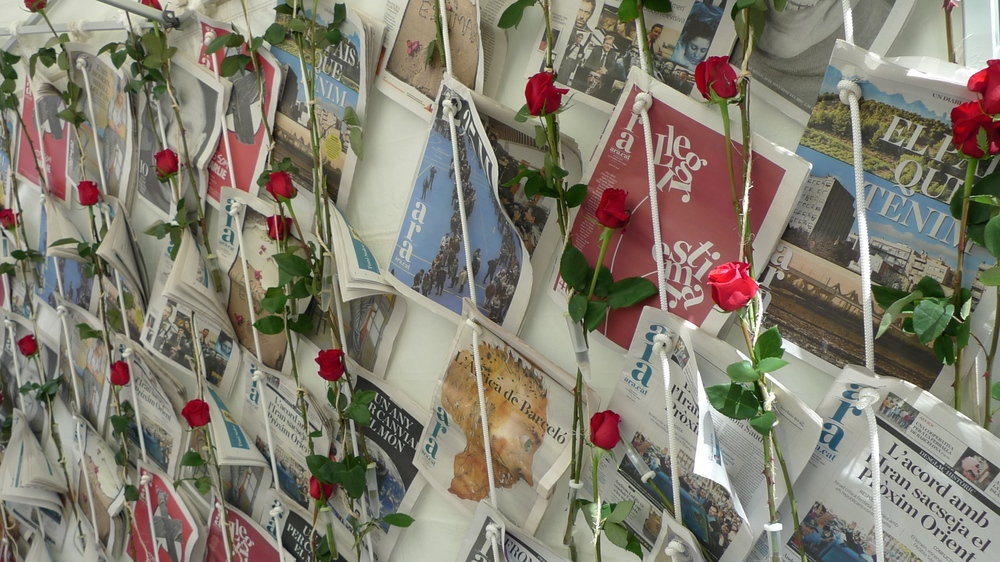 Roses and Ara newspaper