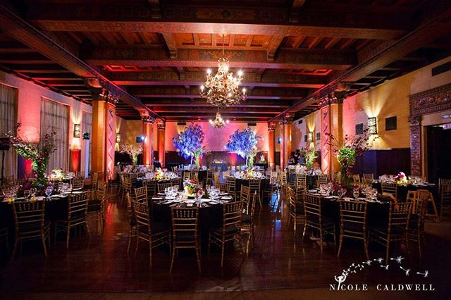 Flashback to this dreamy dining experience! What are your Friday night plans? #fbf #themacarthurla #losangeles #downtownla #lavenue #eventplanner #eventstyling #events #weddings #weddingvenue for details on our fantastic vendors!