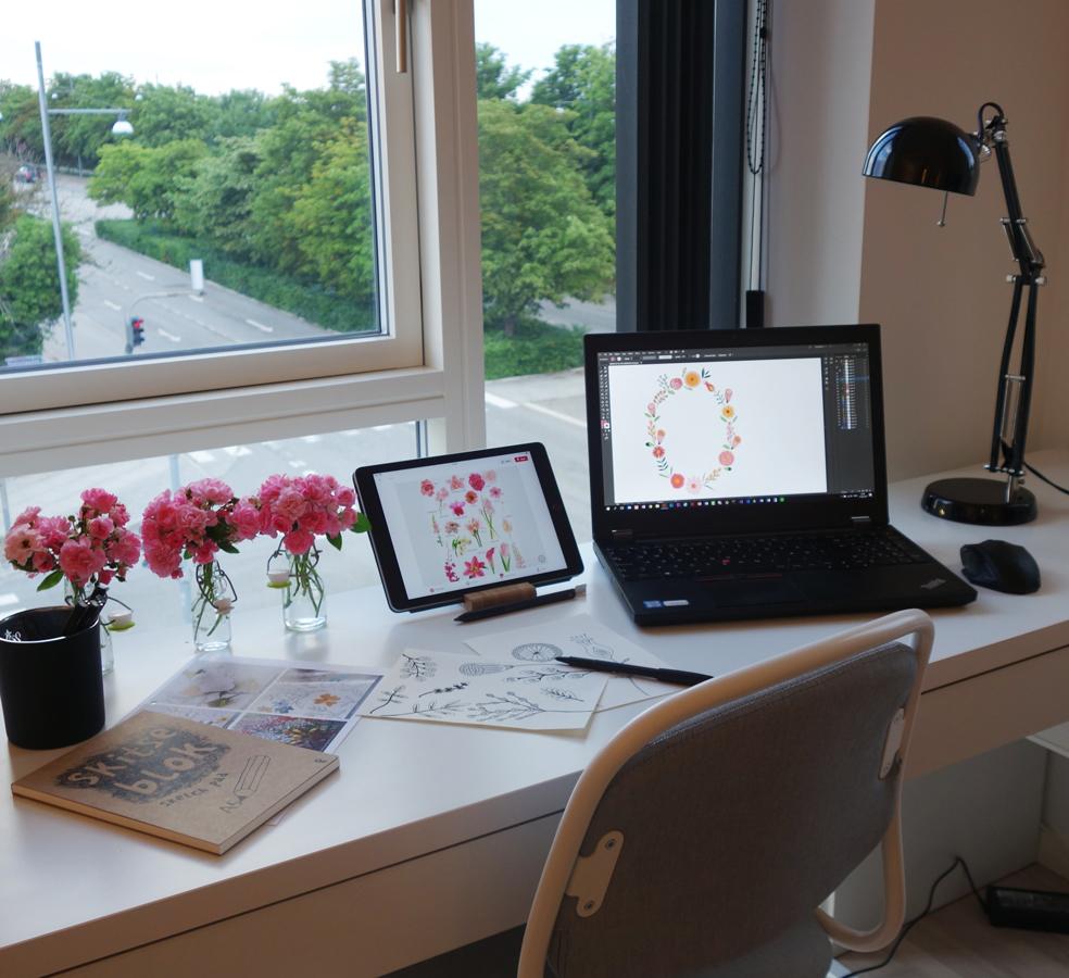 Nina's Studio.