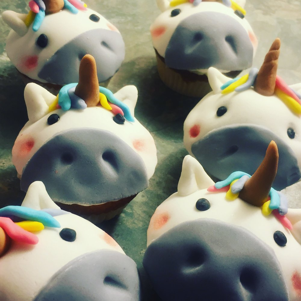 Unicorn Cupcakes - Original, Vegan and Gluten Free versions available.Cake flavours include- Vanilla, Chocolate, Coffee, Lemon, and Candy.£3 each 4/6/12 in batchesUnicorns can be any colour.
