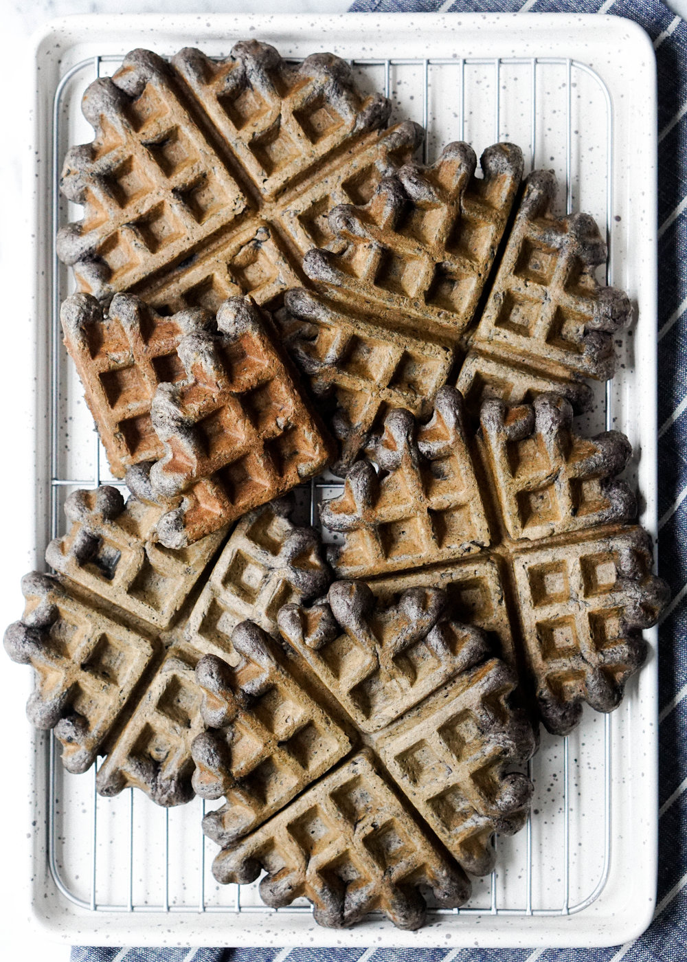 Easy and Simple Black Sesame Waffle // https://eatchofood.com/blog/2019/1/12/black-sesame-waffles