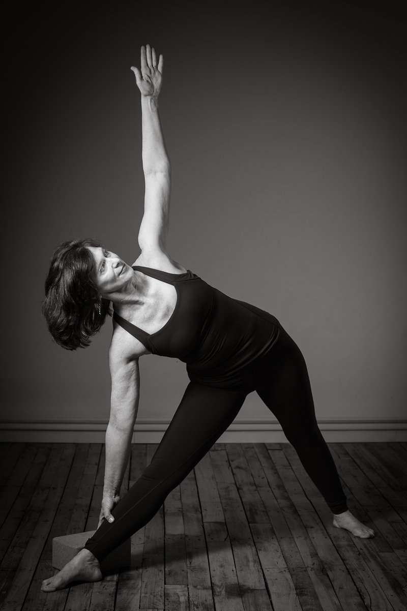 Faculty-DGJ-trikonasana.png