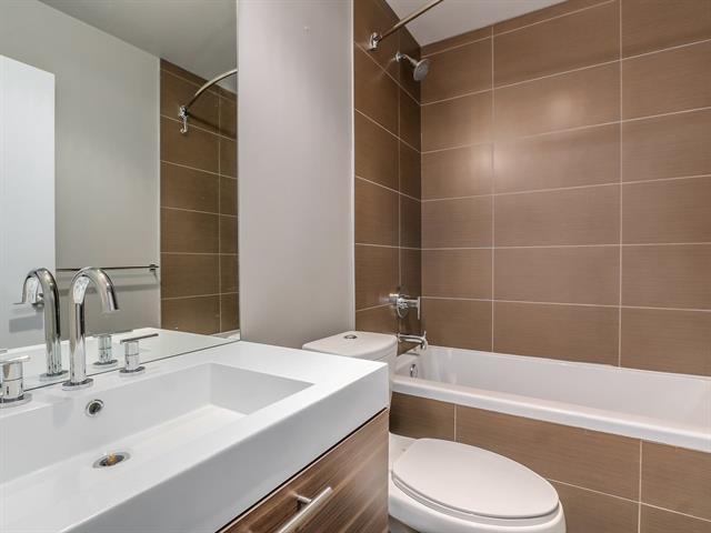 1 bed - 1 bath - 542 Square Feet - Hamilton, North Vancouver - $338,000