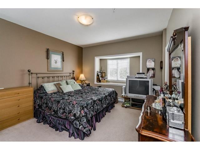 3 bed - 3 bath - 1434 Square Feet - Bridgeview, Surrey - $399,000