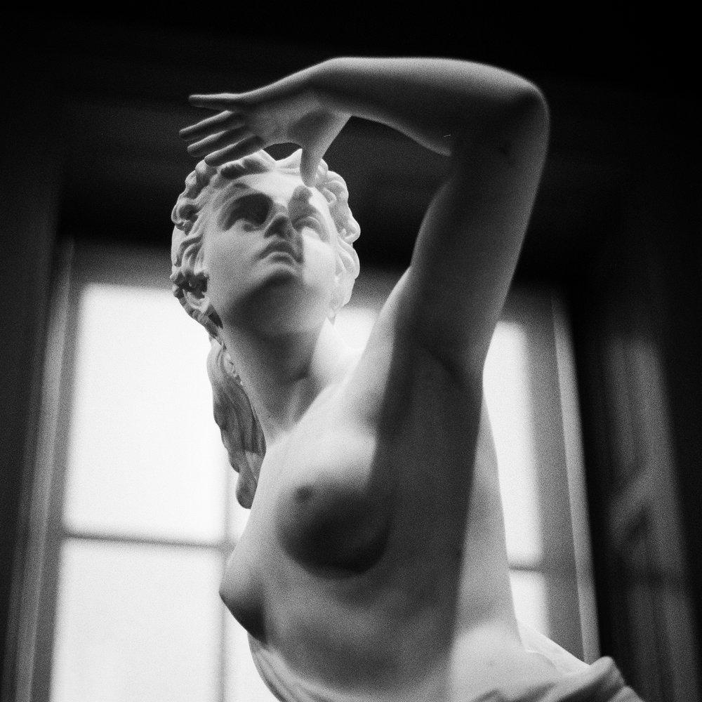 Statue B&W Jan 2018 2 DC.jpg