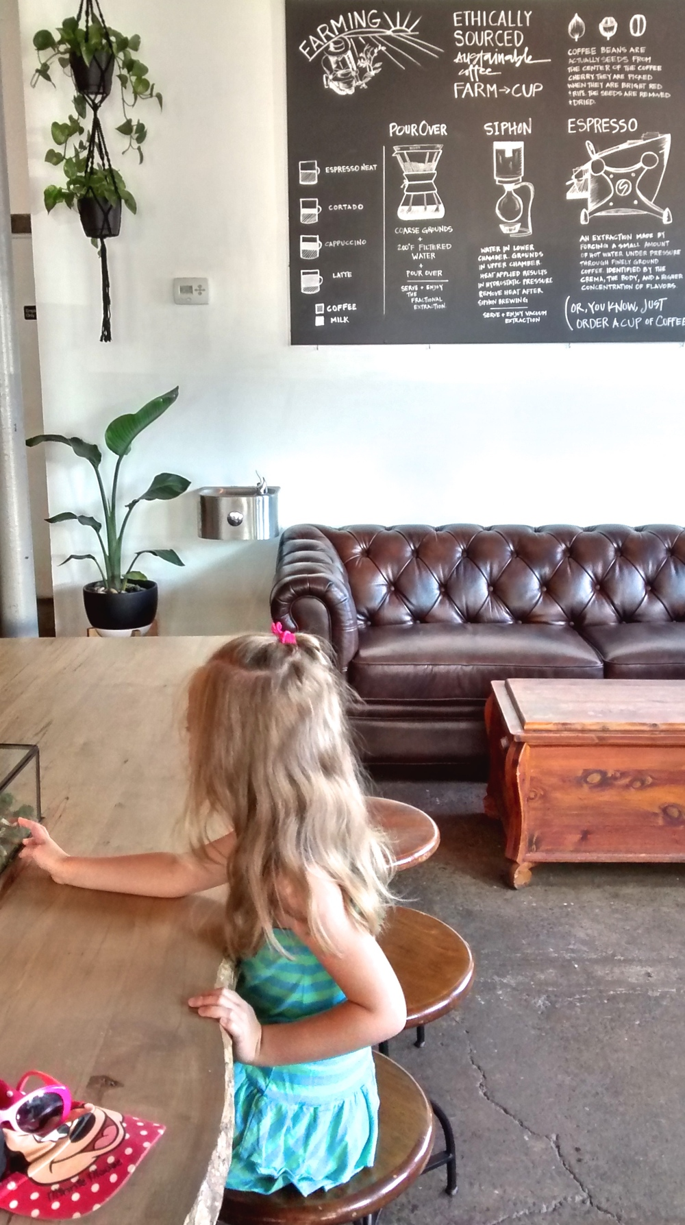 Glen Edith Coffee Roasters had a great atmosphere and the decor was a great mix of natural and modern elements. My tea was GOOD and the girls had no problems making themselves at home on that sofa.