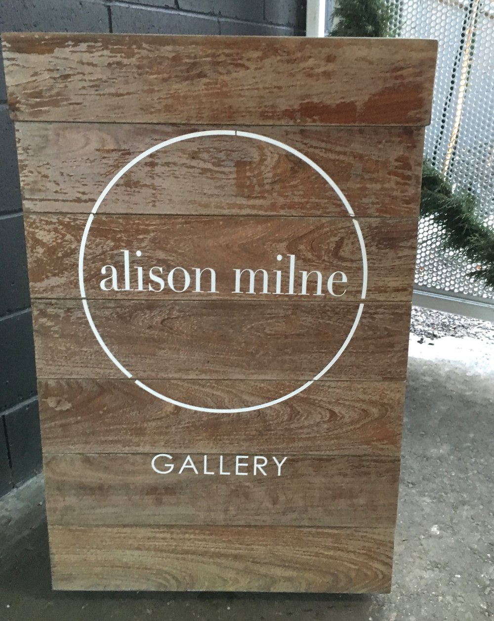Alison is also an Interior Designer, I was so excited to finally see this stunning space in person.