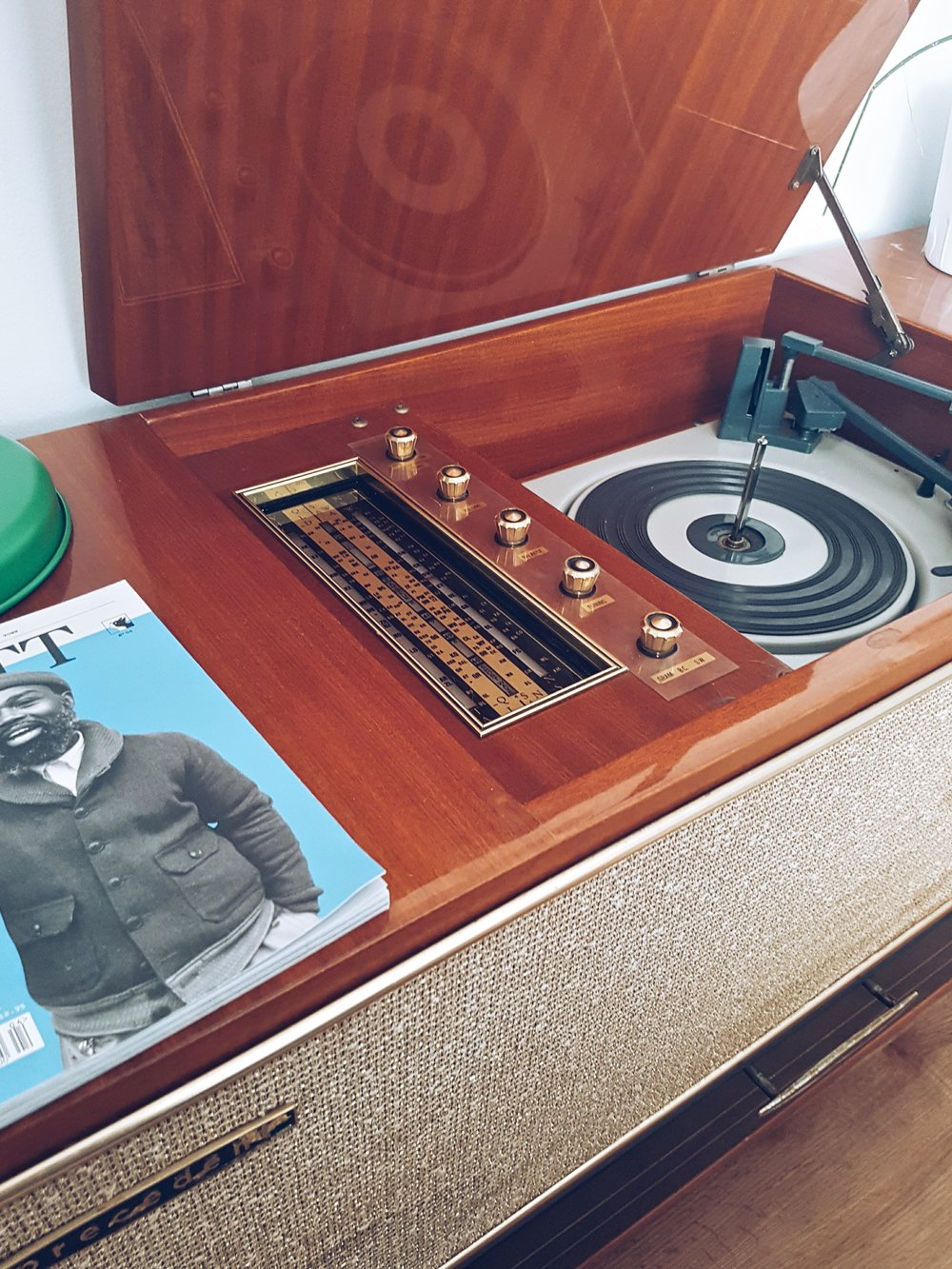 One of Adrian's favourite elements in the living room is his vintage record player from the 1960's.
