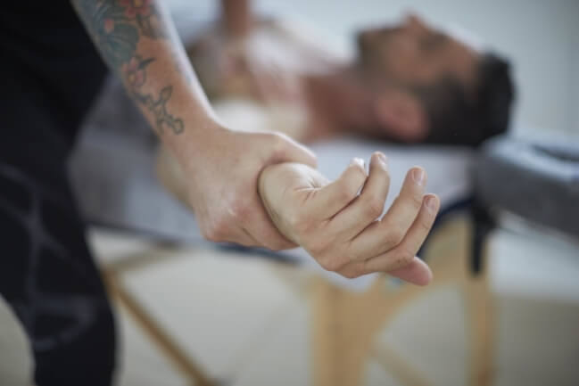 Massage and acupuncture at movementLAB