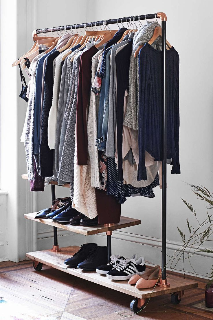 movable clothes organiser