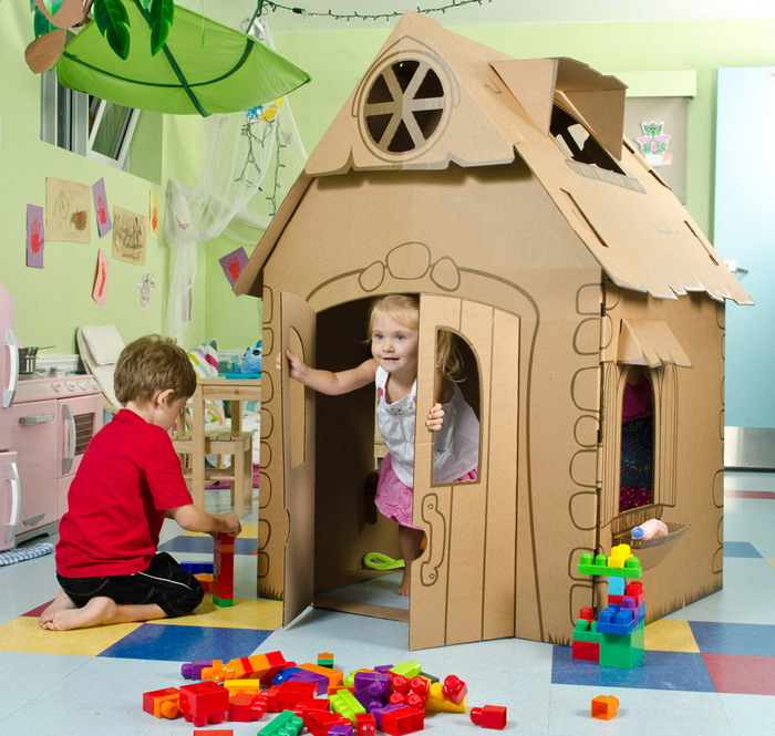 DIY cartoon playhouse