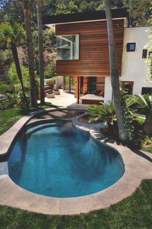 medium circular pool