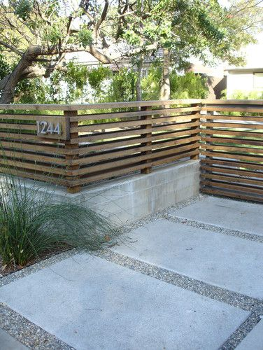 modern horizontal wood fencing