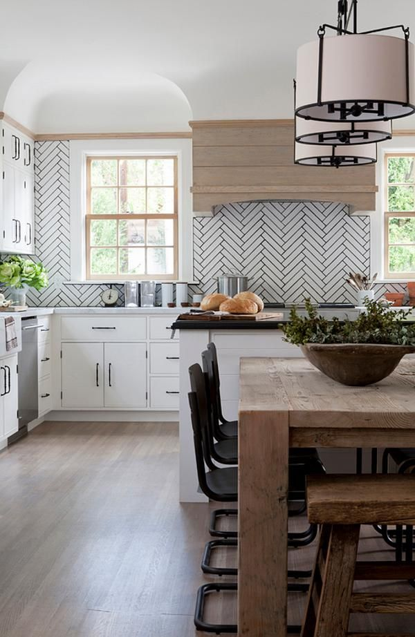 herringbone subway tile splashback