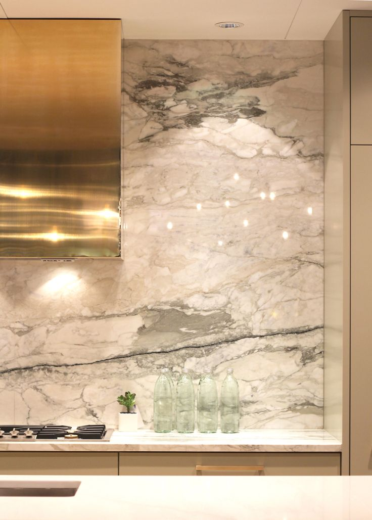 marble kitchen splashback