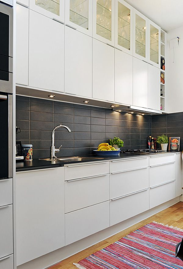 Kitchen Splashback Tiles Ideas Part - 20: Black Subway Tile Kitchen Splashback