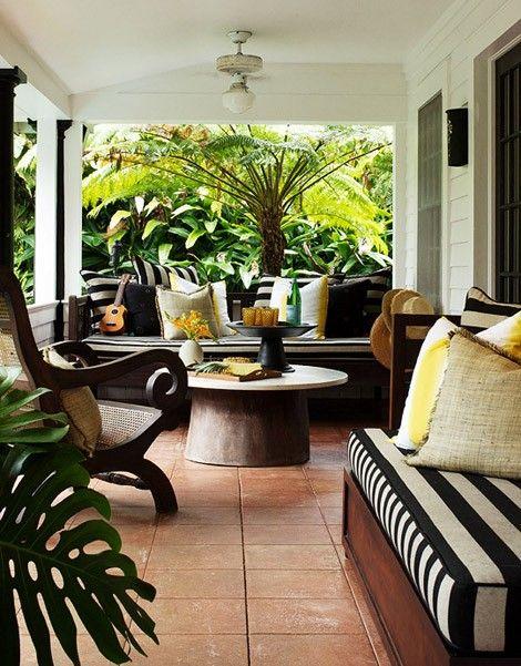 cool and bold verandah design