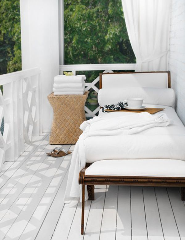 cosy white verandah with day bed