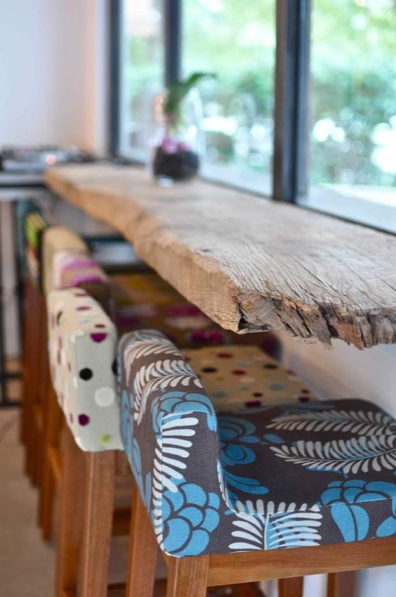 driftwood breakfast bar