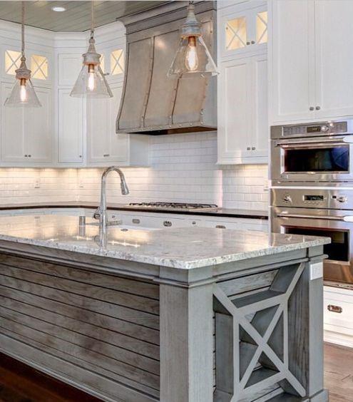 seaside house style kitchen