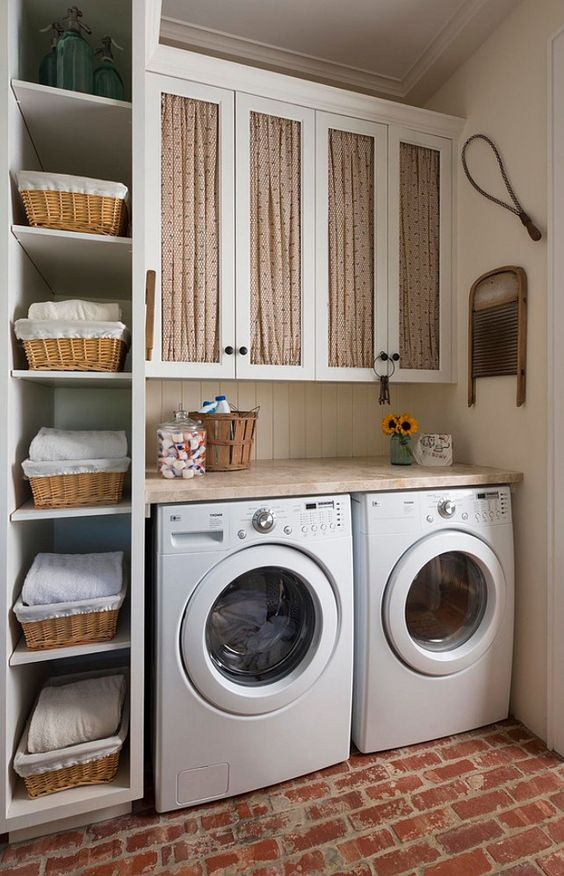 rustic+laundry+room+with+open+shelves