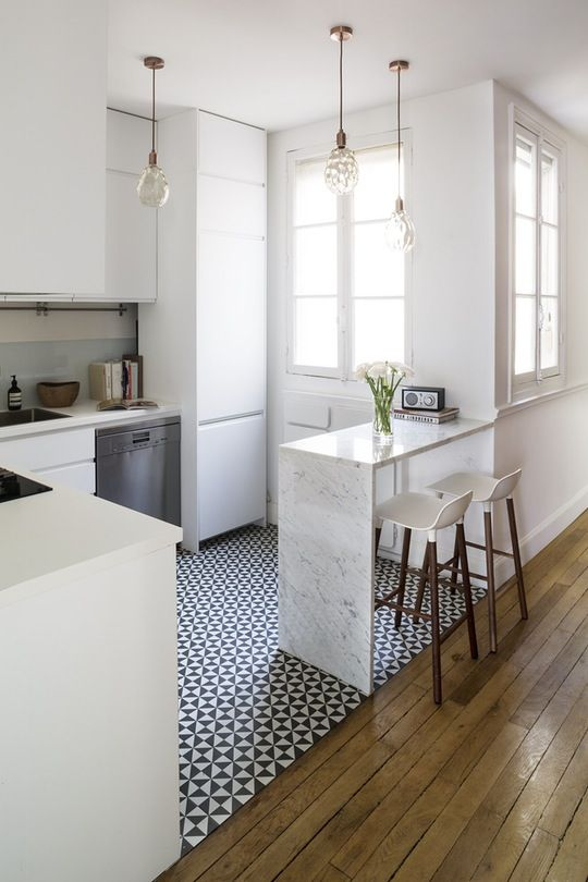 Small Kitchen Flooring Ideas Part - 16: Chic Apartment Kitchen